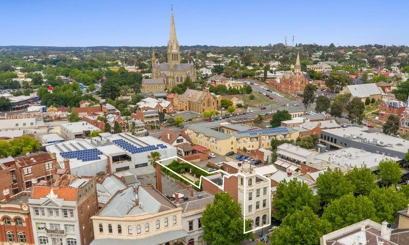 Bendigo aerial image showing multiple solar panel installations