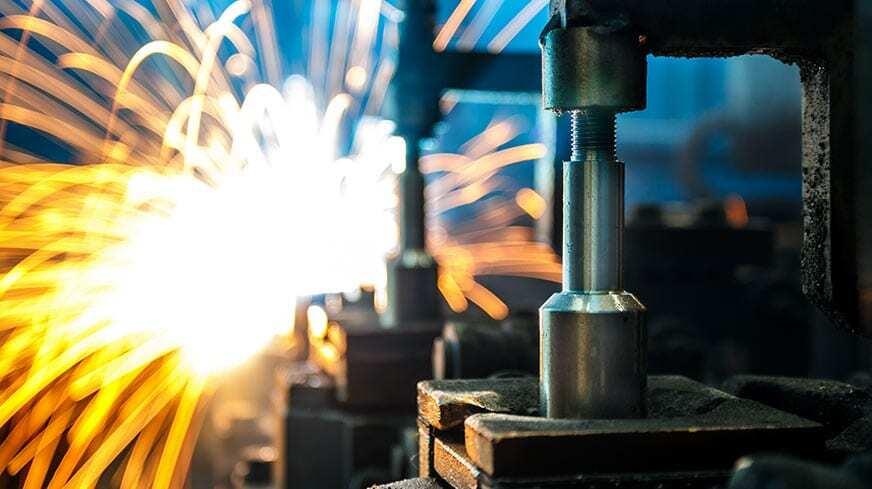 Canva-Welding-robots-movement-in-a-car-factory