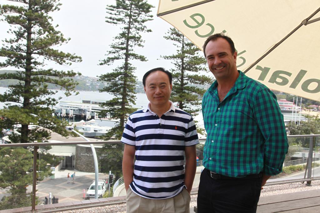 Angus and Dr Shi