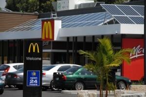 View of McDonalds Kilsyth restaurant from the street