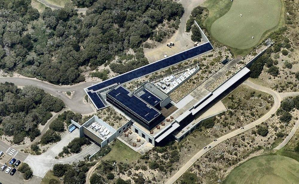 Nat Golf Club 100kW solar array aerial view
