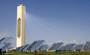 Solar Power Tower: PS10 Planta Solar in Seville, Spain (source: http://www.flickr.com/photos/74424373@N00/1448540190/)