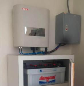 SAJ Hybrid H1 solar inverter with battery