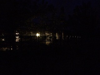 simon-hackett-house-in-blackout-lights-on