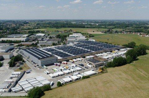 Solyndra 3MW rooftop solar system in Zellik, Belgium.